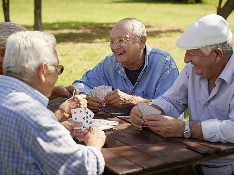 Настольные игры для пожилых