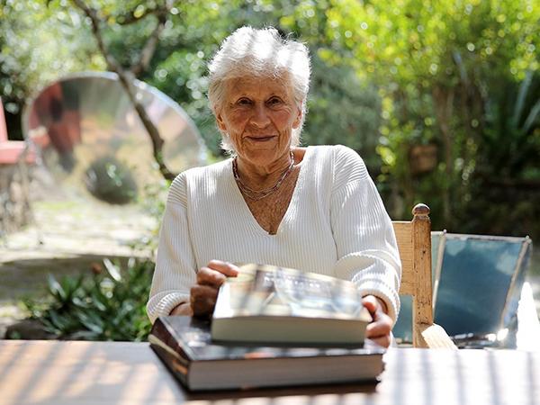Польза чтения для пожилых