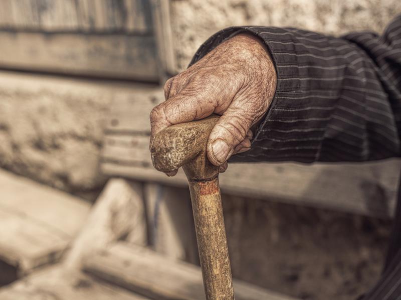 Защита пожилых от мошенников