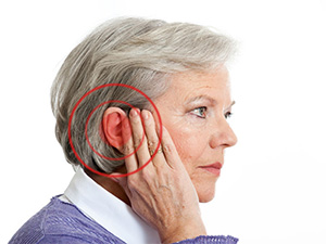 Шум в ушах у пожилых людей