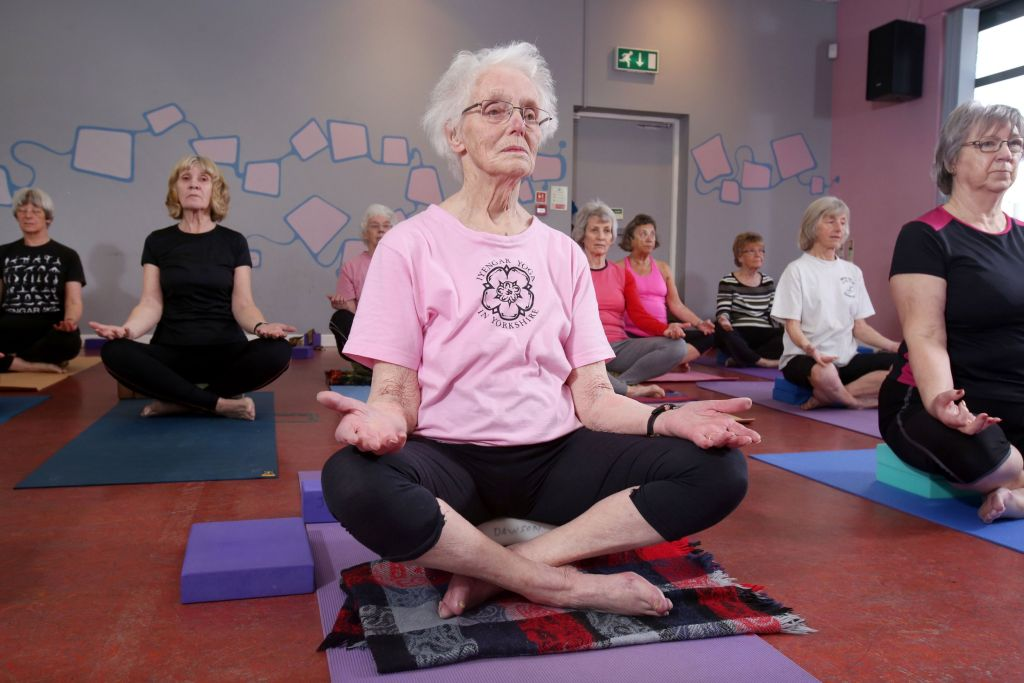 yoga_pensionery_52110_fotobank_